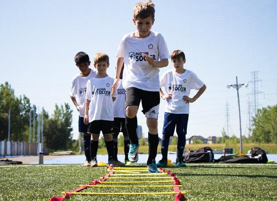 Passion Soccer Summer Camp | Laval Families Magazine | Laval's Family Life Magazine