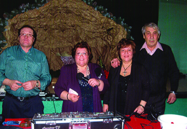 Seniors Rock to the Rhythms of DJ Nonna | Laval Families Magazine | Laval's Family Life Magazine