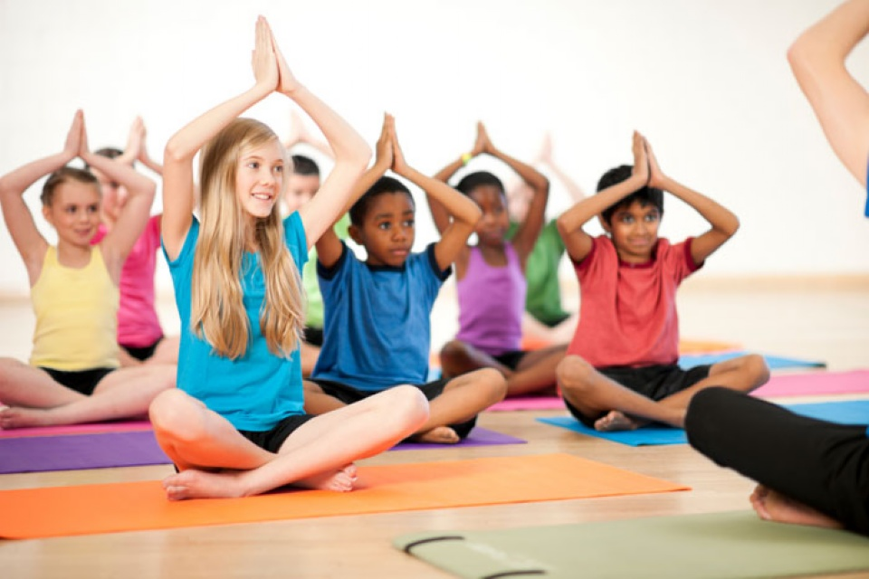 Yoga for Children | Laval Families Magazine | Laval's Family Life Magazine