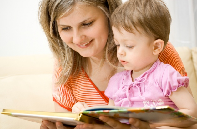 Book It: The Importance of Reading To Your Child  | Laval Families Magazine | Laval's Family Life Magazine
