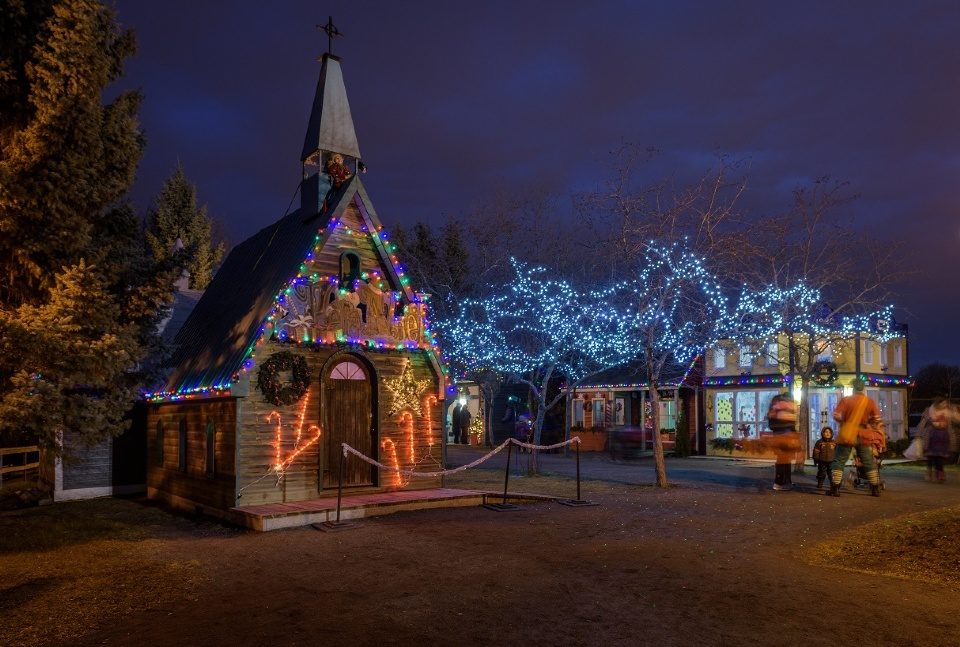 LAVAL CHRISTMAS MARKET | Laval Families Magazine | Laval's Family Life Magazine