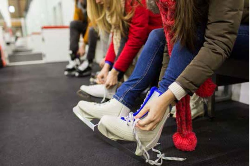 Free skating and free hockey in municipal arenas | Laval Families Magazine | Laval's Family Life Magazine